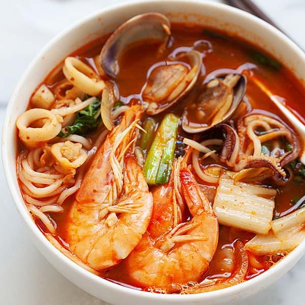 Jjamppong Korean Seafood Noodle Soup Rasa Malaysia