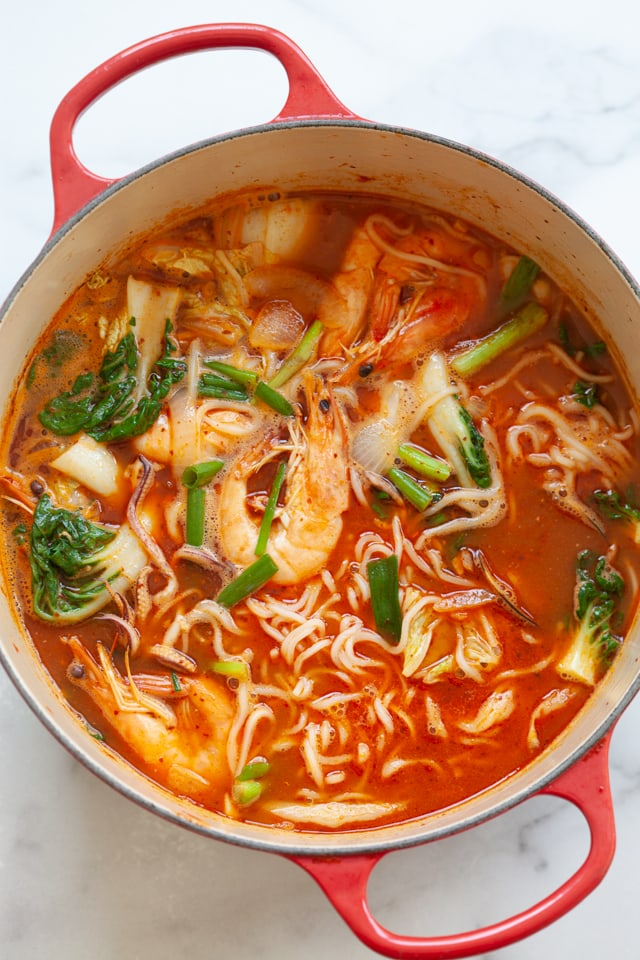 Jjamppong or Korean seafood noodle soup in a pot.