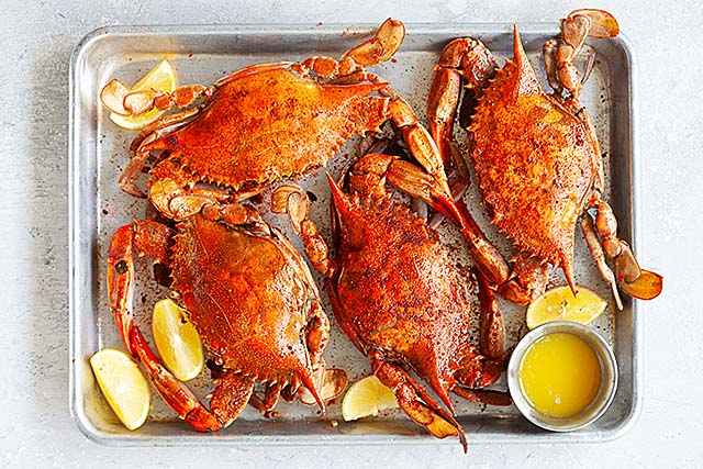 Blue crabs cooked.
