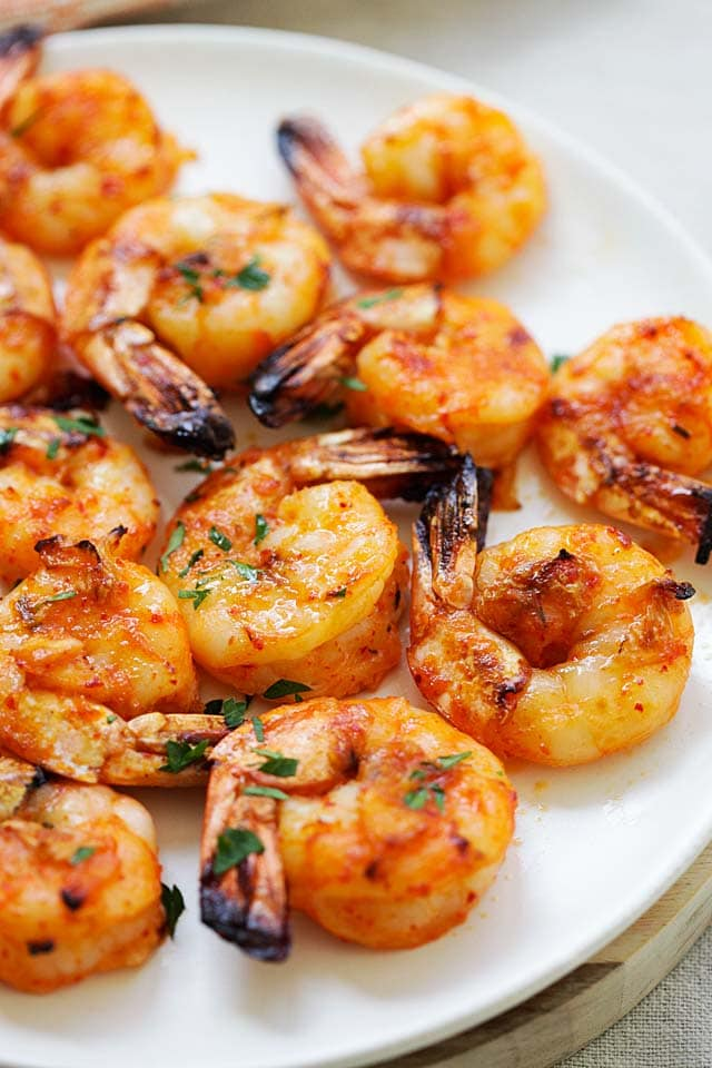 Best grilled shrimp recipe with spicy marinade.