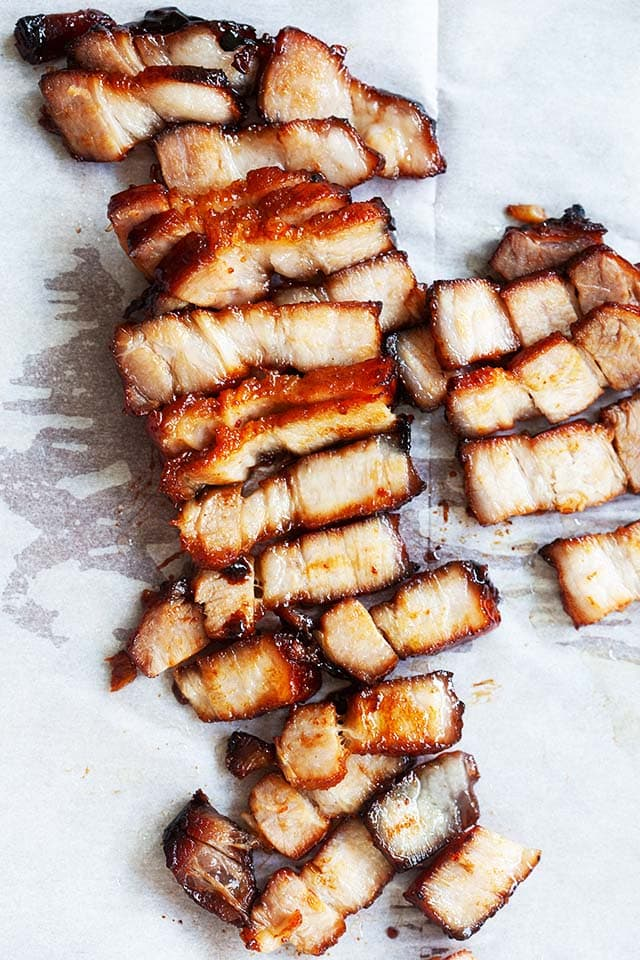 "Porc BBQ chinois avec marinade de porc barbecue chinois et sauce. ""Width ="" 640 ""height ="" 960 ""class ="" aligncenter size-full wp-image-751557 ""srcset ="" https://rasamalaysia.com/wp-content/ uploads / 2020/05 / chinese-bbq-pork2.jpg 640w, https://rasamalaysia.com/wp-content/uploads/2020/05/chinese-bbq-pork2-131x196.jpg 131w, https: // rasamalaysia. com / wp-content / uploads / 2020/05 / chinese-bbq-pork2-135x203.jpg 135w, https://rasamalaysia.com/wp-content/uploads/2020/05/chinese-bbq-pork2-143x215.jpg 143w, https://rasamalaysia.com/wp-content/uploads/2020/05/chinese-bbq-pork2-149x223.jpg 149w, https://rasamalaysia.com/wp-content/uploads/2020/05/chinese -bbq-pork2-169x253.jpg 169w, https://rasamalaysia.com/wp-content/uploads/2020/05/chinese-bbq-pork2-223x335.jpg 223w, https://rasamalaysia.com/wp-content /uploads/2020/05/chinese-bbq-pork2-198x297.jpg 198w, https://rasamalaysia.com/wp-content/uploads/2020/05/chinese-bbq-pork2-255x383.jpg 255w, https: / /rasamalaysia.com/wp-content/uploads/2020/05/chinese-bbq-pork2-225x337 .jpg 225w, https://rasamalaysia.com/wp-content/uploads/2020/05/chinese-bbq-pork2-215x323.jpg 215w, https://rasamalaysia.com/wp-content/uploads/2020/05/05 /chinese-bbq-pork2-179x268.jpg 179w, https://rasamalaysia.com/wp-content/uploads/2020/05/chinese-bbq-pork2-133x199.jpg 133w, https://rasamalaysia.com/wp -content / uploads / 2020/05 / chinese-bbq-pork2-356x534.jpg 356w, https://rasamalaysia.com/wp-content/uploads/2020/05/chinese-bbq-pork2-297x445.jpg 297w, https : //rasamalaysia.com/wp-content/uploads/2020/05/chinese-bbq-pork2-245x368.jpg 245w, https://rasamalaysia.com/wp-content/uploads/2020/05/chinese-bbq- pork2-212x319.jpg 212w, https://rasamalaysia.com/wp-content/uploads/2020/05/chinese-bbq-pork2-364x546.jpg 364w ""tailles ="" (largeur max: 768px) 92vw, (max -largeur: 992 px) 450 px, (largeur max: 1200 px) 597 px, 730 px"