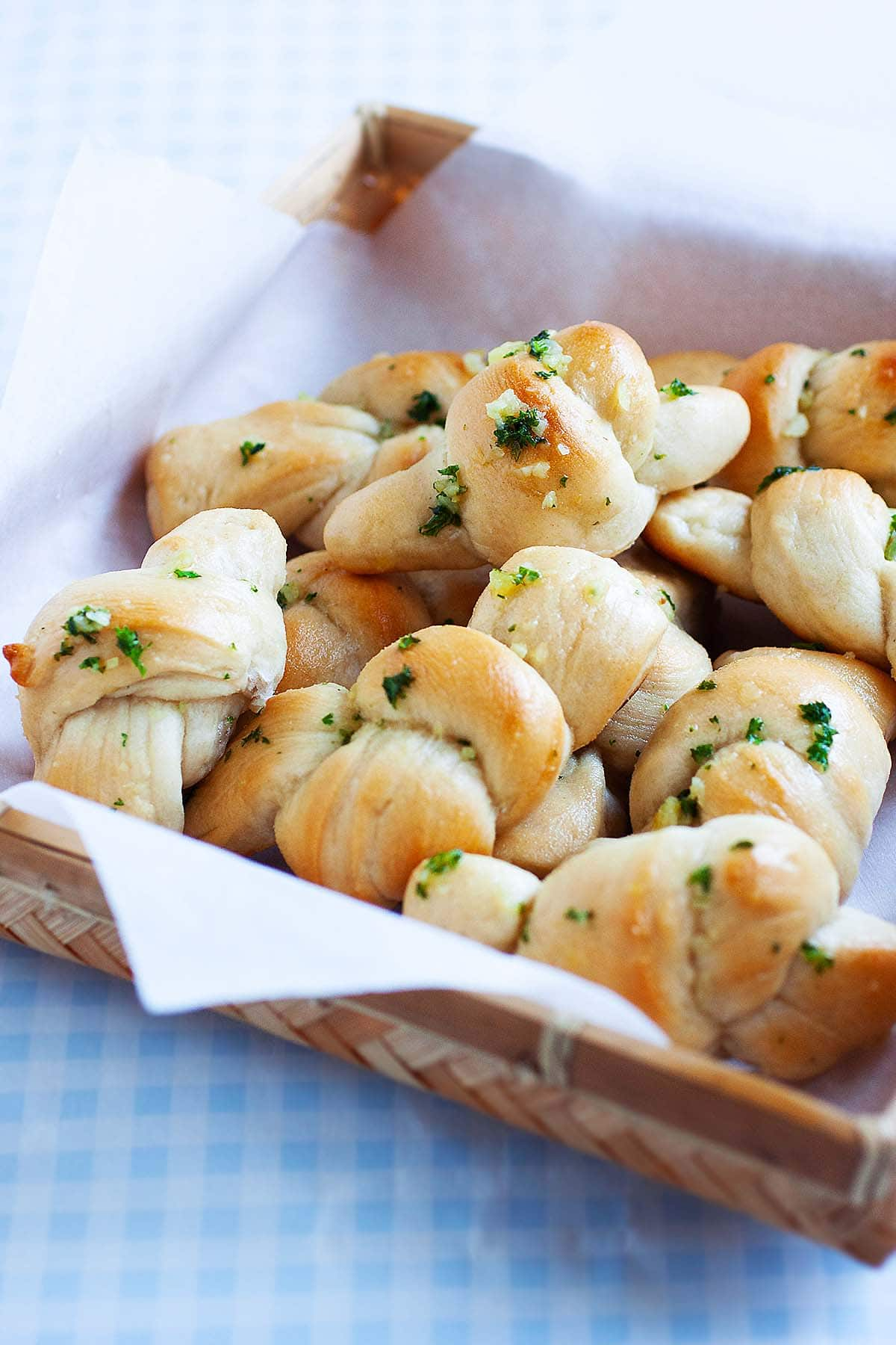 Garlic knots with pizza dough and garlic butter.