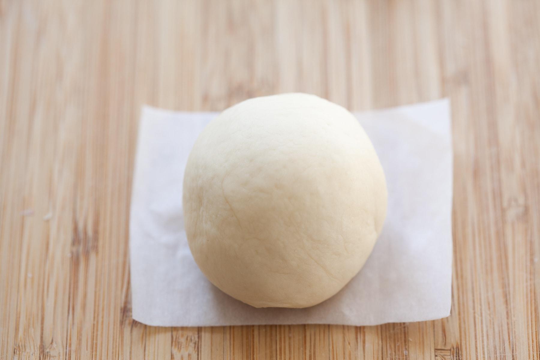 Taro bun.