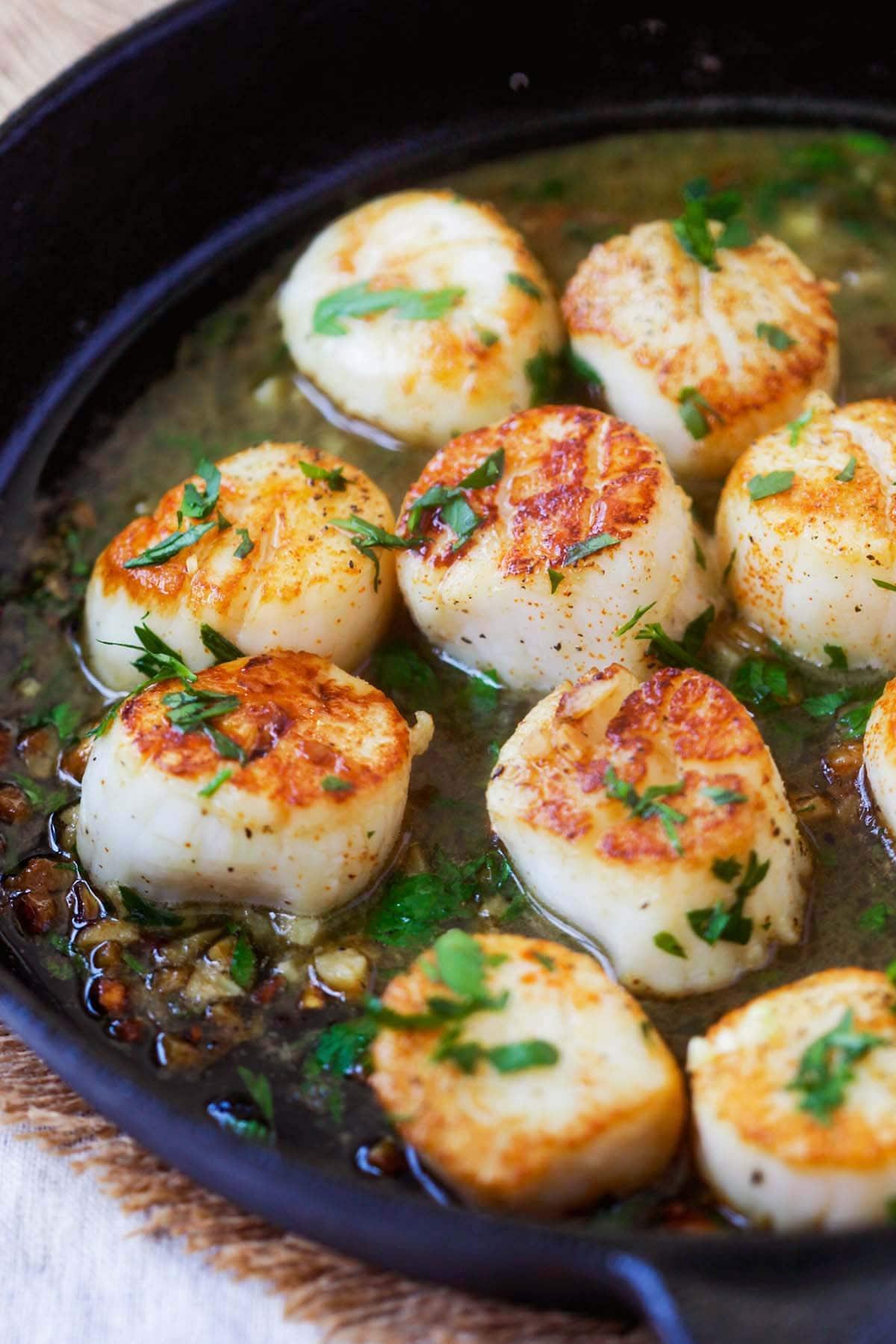 How to make sauteed scallops?