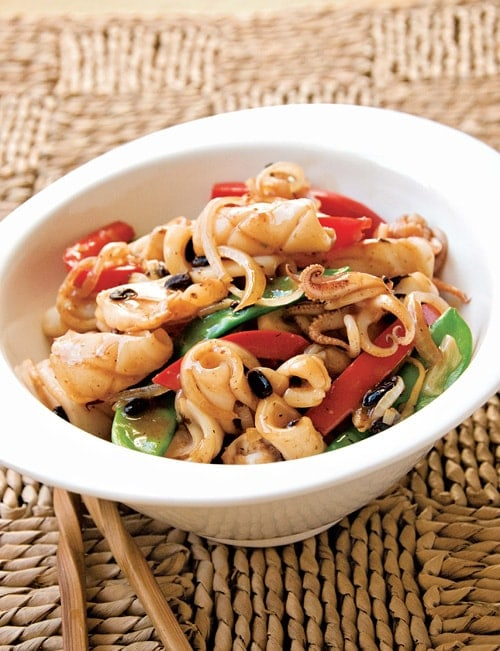Squid With Black Bean Sauce Easy Delicious Recipes