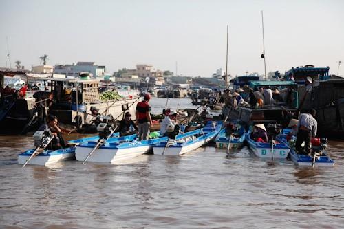 Cai Rang Floating Market, Vietnam