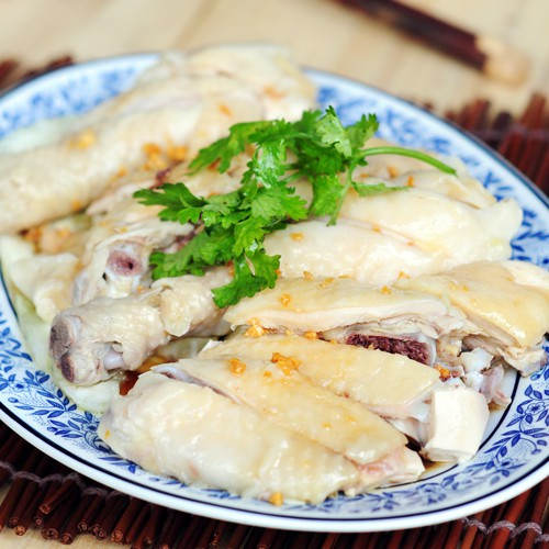 Chicken Rice (Hainanese Chicken Rice)