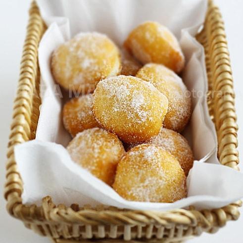 Sugared Pillsbury Biscuits (Cheater Donuts)