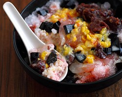 Ice Kacang/ABC (Malaysian Shaved Iced)