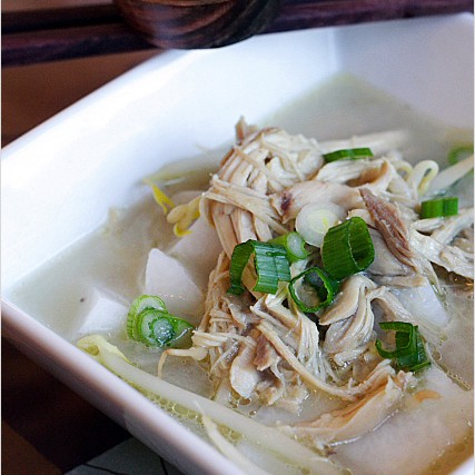 Soto Ayam recipe - Soto Ayam is basically chicken soup and it's very popular in Indonesia, Malaysia and Singapore. You can enjoy it with rice cakes or vermicelli noodle or both. | rasamalaysia.com