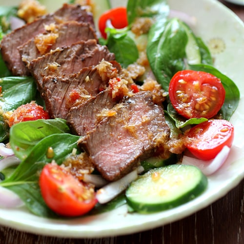Spicy Basil Beef Salad