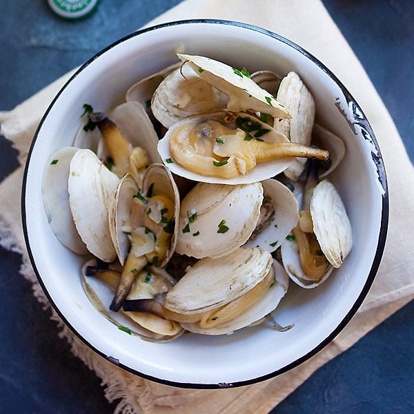 Soft Shell Clams with Garlic Butter