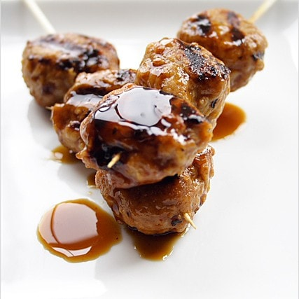 Yakitori (Grilled Chicken Meat Balls) recipe - These are juicy, yummy, and definitely my favorite and a must-have item at yakitori restaurants. | rasamalaysia.com