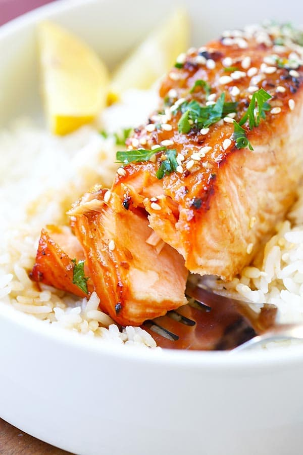 Easy homemade salmon recipe with ginger garlic marinade ready to serve.