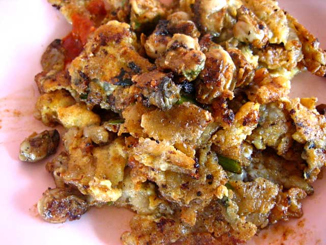 Oh Chien / Omelette with Oysters